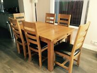 Dinning Table & 6 Chairs. Dinning Table extends Excellent condition. Collect only