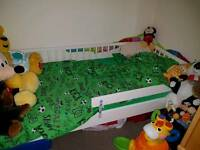 Bed toddler with matress