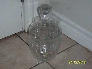 liquor decanter with glasses