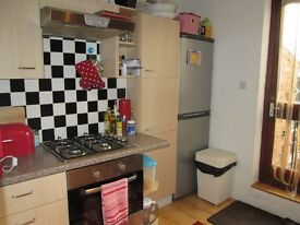 A lovely two-bed period apartment to let in Bromsgrove town centre