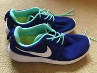 Nike Roshe Run Unisex, UK 4