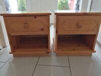 2 pine bedside lockers