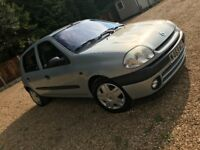 Renault Clio 1.6 automatic LOW MILEAGE