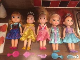 6 Disney Princess Dolls