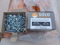 wood screw timco 9x1.1/2 thats 4.5x40mm 200 screws per box brand new
