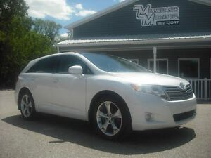 2011 Toyota Venza V6 AWD/LEATHER AND PEARL!!