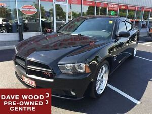 2013 Dodge Charger Road/Track, Nav, Sunroof