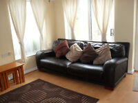 Well Presented 1 Bedroom Bungalow, Close to Town Centre, Train Station, Available Now, No DSS