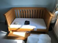 Mamas and Papas cotbed with mattress