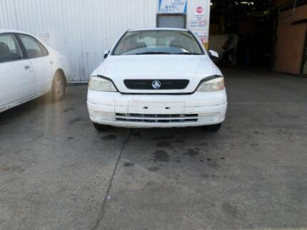 HOLDEN ASTRA TS SEDAN 2001 WRECKING VEHICLE S/N V6710 Campbelltown Campbelltown Area Preview