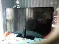Luxor 50inch SMART TV screen damaged