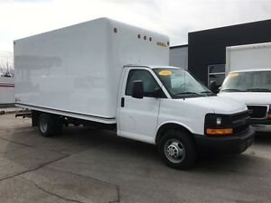 2016 Chevrolet Express 3500 16ft cube with ramp