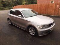 Silver BMW 118 DSE 5 DOORS