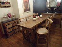 DESIGNER OAK TABLE AND 6 STOOLS FROM USA as NEW