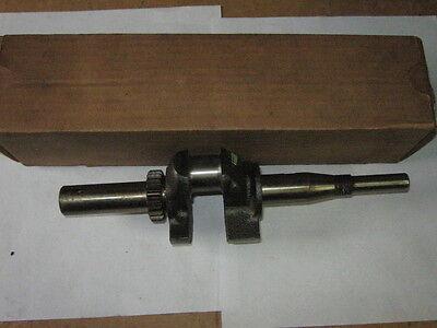 Genuine Briggs Stratton Gas Engine Crank Shaft 260097 New Old Stock Oem