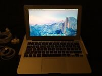 Apple MacBook Air 11.6 / 1.4Ghz / 4GB / 128GB in near brand new condition