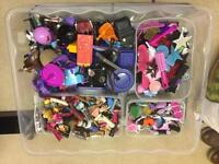 bratz/monster high dolls accessories