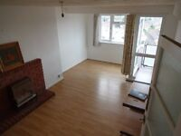 2 Bed Newly Refurbished Flat within 5 min walk to Upton Park Tube Station