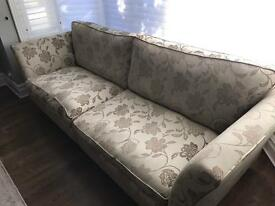 2 piece sofa - Carshalton