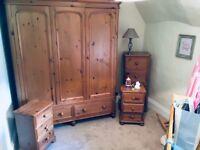 Reclaimed Pine Bedroom Furniture Set