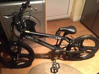 Boys black zinc bike