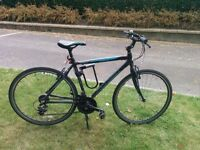 Adult hybrid bicycle, 21 speeds, puncture proof tyres