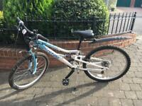 Girls 24inch Apollo Oceana mountain bike from Halfords, 18 gears, good condition