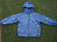 Mountain Warehouse waterproof boys fleece lined jacket age 5-6 yrs.