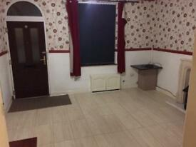 2 bedroom end terrace house for rent in Rochdale Hamer area