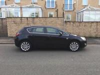1.6i Black Vauxhall Astra Elite 2011