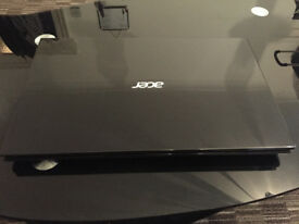 Acer Aspire V3-531 - 2.4 GHz - 6GB RAM - 750Hdd