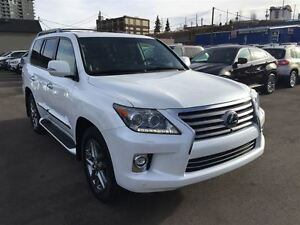 2014 Lexus LX 570 AWD/ V8/ GPS/ DVD'S/ EXT.  FACTORY WARRANTY