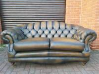 Chesterfield style genuine leather Thomas Lloyd 2seater. AS NEW!BARGAIN!