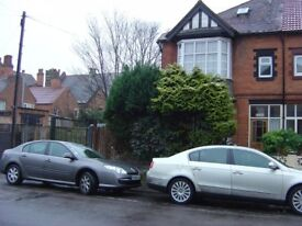Studio flat for rent in Acocks Green. Near amenities, no. 11 bus stop and train station.