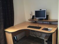 Computer desk (large) with monitor shelf