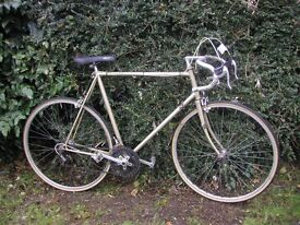 vintage racing bike,10 speed,alloys,24 in frame,runs well,tidy classic,brand new tyres fitted