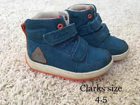 Clarks boys shoes 4.5