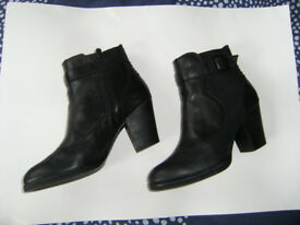 Ladies Clarks Boots