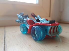 3 Skylander Supercharge characters and 3 vehicles ps3