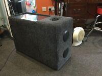 Bluetooth speaker La-Z-Boy Tamla Universal Audio Table