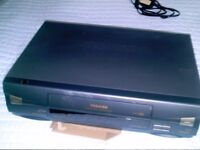 TOSHIBA VCR EXCELLENT CONDITION