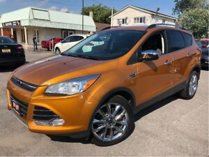 2016 Ford Escape SE WHAT A LOOKER!! LEATHER/CLOTH INTERIOR