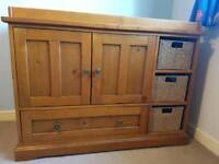 Mamas and Papas Longhouse Dresser/Changing Unit