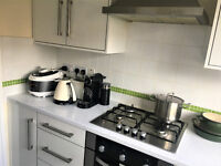 IDEAL FOR STUDENT FAMILIES! 3 bed house available from JULY in Selly Oak ***NO DSS***
