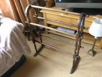 Towel Rail traditional Style Weymouth
