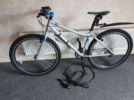 ladies limited edition carrera hybrid bike