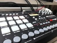 Elektron Analog Rytm 8 voice Analog drum machine, synthesizer and sequencer