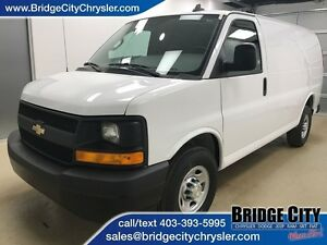 2017 Chevrolet Express 2500 RWD 135- Vinyl Seats and Rubber Floo