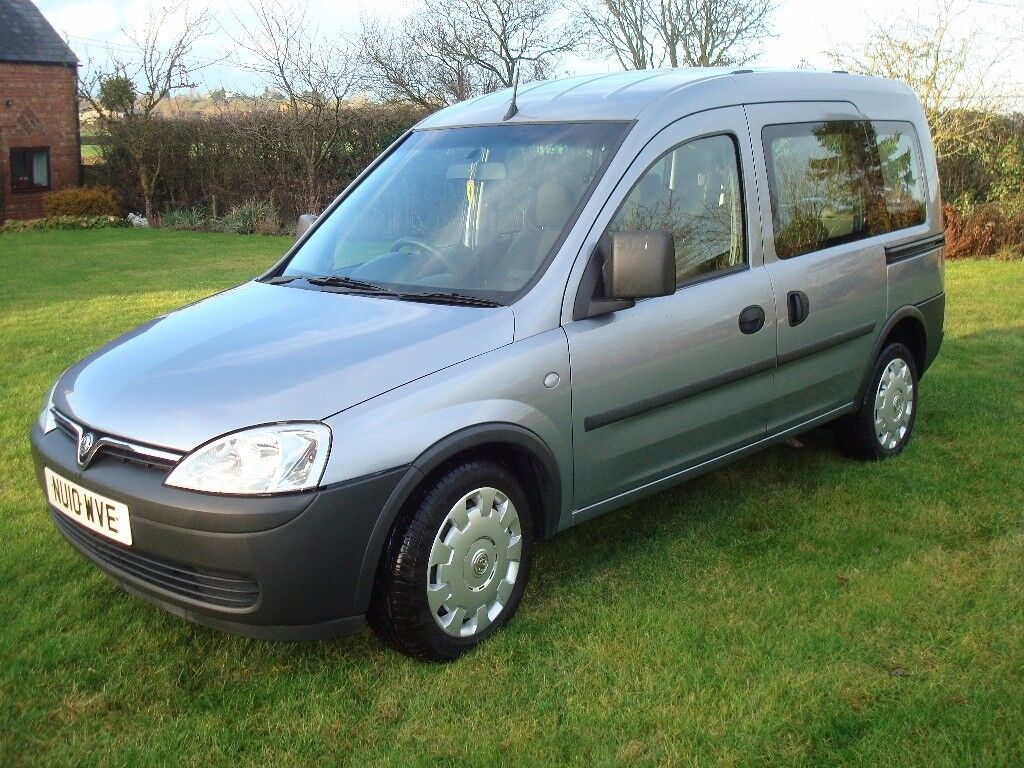 Vauxhall Combo Estate, Wheelchair accessible vehicle, silver blue.