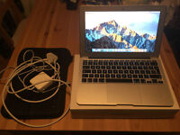 Apple Macbook Air 11 inch (mid 2012)